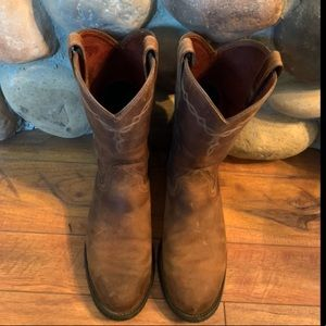 Ariat Heritage Roper Western Boot like new